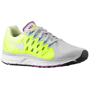Nike Zoom Vomero 9 - Women's - Pure Platinum/Volt/Barely Volt/White