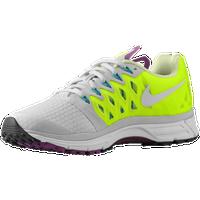 a6000dc0d805f Nike Zoom Vomero 9 - Women s - Grey   Light Green