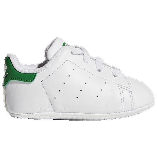 l'irlande adidas prédateur tango à l'intérieur des chaussures de football volts